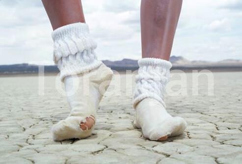پاهای زشت، ترکخورده - ترنجان