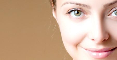 آشنایی با درمانها و احتیاطهای ویژه هنگام استفاده از روشنکنندههای پوست - ترنجان