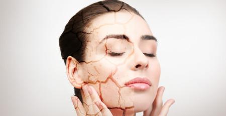 پوست خشک و حساس - آشنایی با علائم، علل و راههای پیشگیری از آن - ترنجان