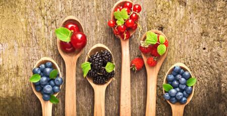 ویتامینها و آنتیاکسیدانهای مناسب برای مراقبت از پوست - ترنجان