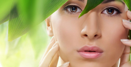 آشنایی با مواد آرایشی سالم و درک مفهوم آرایش در لوازم آرایش - ترنجان