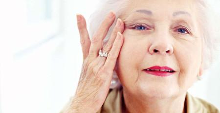 آیاد میدانید چه محصولات ضد پیری برای مراقبت از پوست ضروری هستند؟ - ترنجان