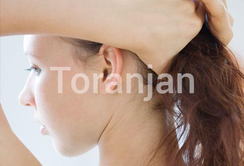 موهایتان را از روی صورتتان کنار بزنید - ترنجان