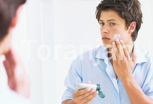 داروهای آکنه را طبق دستورالعمل مصرف کنید - ترنجان