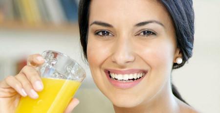 برای داشتن پوستی درخشان و سالم چه بنوشیم - ترنجان
