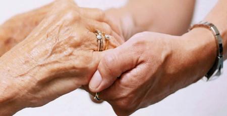 تأثیرات بالا رفتن سن روی پوست - ترنجان