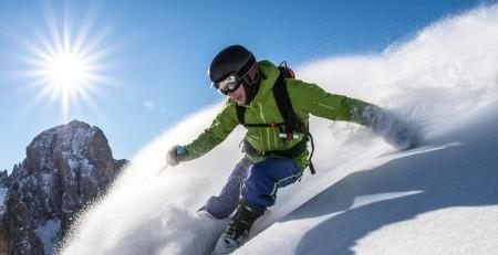 آشنایی با چگونگی مراقبت از پوست در سرما در مواجهه با بادهای سرد، آفتاب درخشان، ارتفاعات و برف - ترنجان