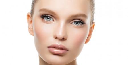 آماده کردن پوست برای قرار گرفتن در نور مستقیم خورشید: 5 نکته مهم زیبایی - ترنجان