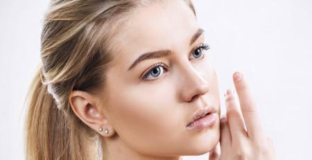 محافظت از پوست در برابر سرما و چگونگی درخشش و طراوت پوست در طول زمستان؟ - ترنجان