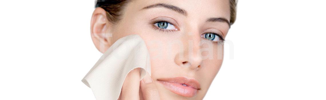 بهترین روش برای تمیز کردن پوست دارای آکنه یا روزاسه چیست؟ - ترنجان