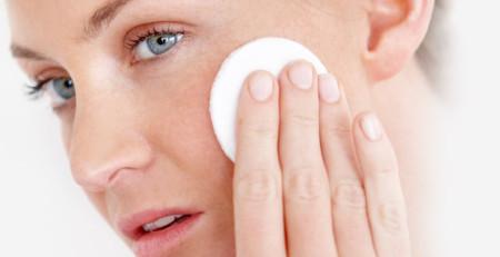 پیشنهادهایی در رابطه با پاککنندههای پوست بر اساس نوع پوست - ترنجان