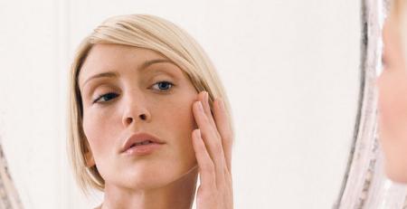 لوپوس چه تأثیری بر پوست دارد - ترنجان