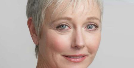 اقدامات آرایشی و بهداشتی برای پوست در حال پیر شدن - ترنجان