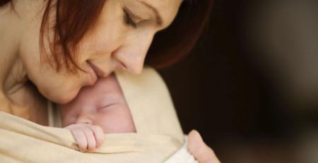 تماس پوستی خطر مرگ نوزاد نارس را کاهش میدهد - ترنجان